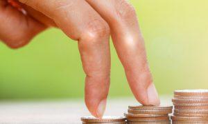 8 خطوات تساعدك على الادخار والاستثمار معاً بنجاح