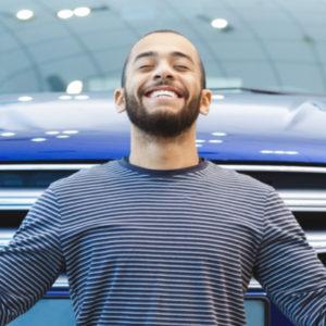 تجديد وثائق تأمين السيارات