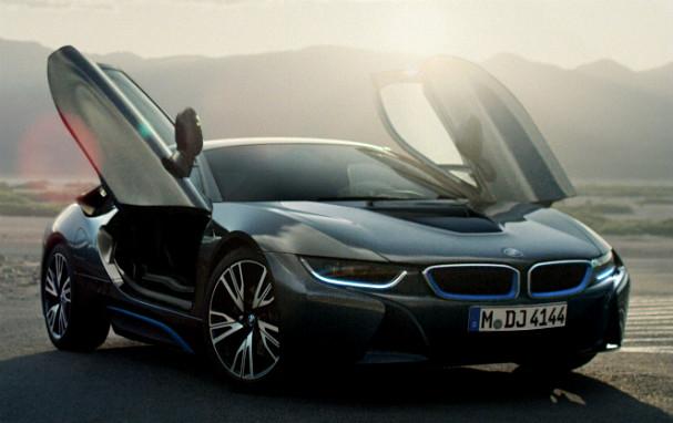 BMW i8 scissor doors