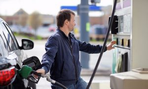 Weekly NewsWatch : Fuel Prices Low Down in UAE For November