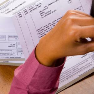 Financial-stress-article-Souqalmal