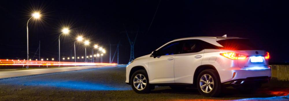 Driving-at-night-souqalmal