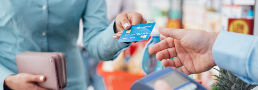 Credit-card-overspending-Souqalmal