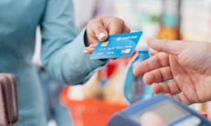 Credit-card-overspending-Souqalmal