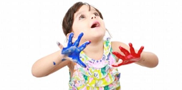 هل أصبح إرسال طفلك إلى الحضانة أمراً مكلفاً جداً؟