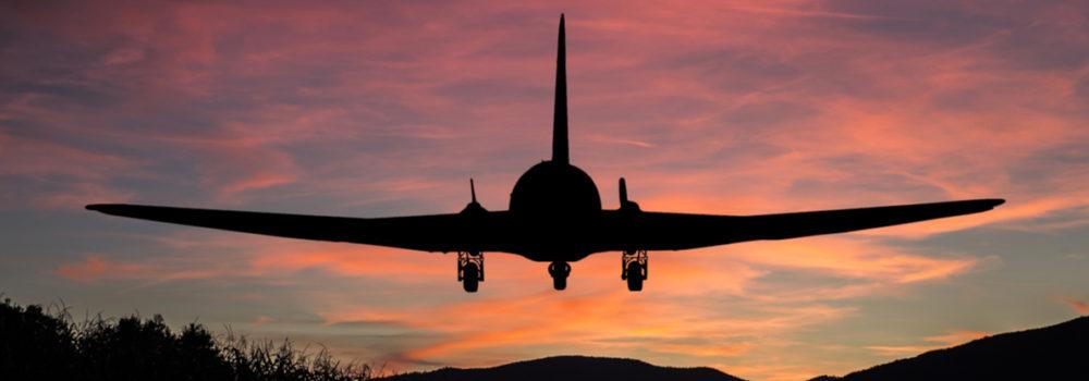 وثيقة تأمين السفر - طائرة محلقة